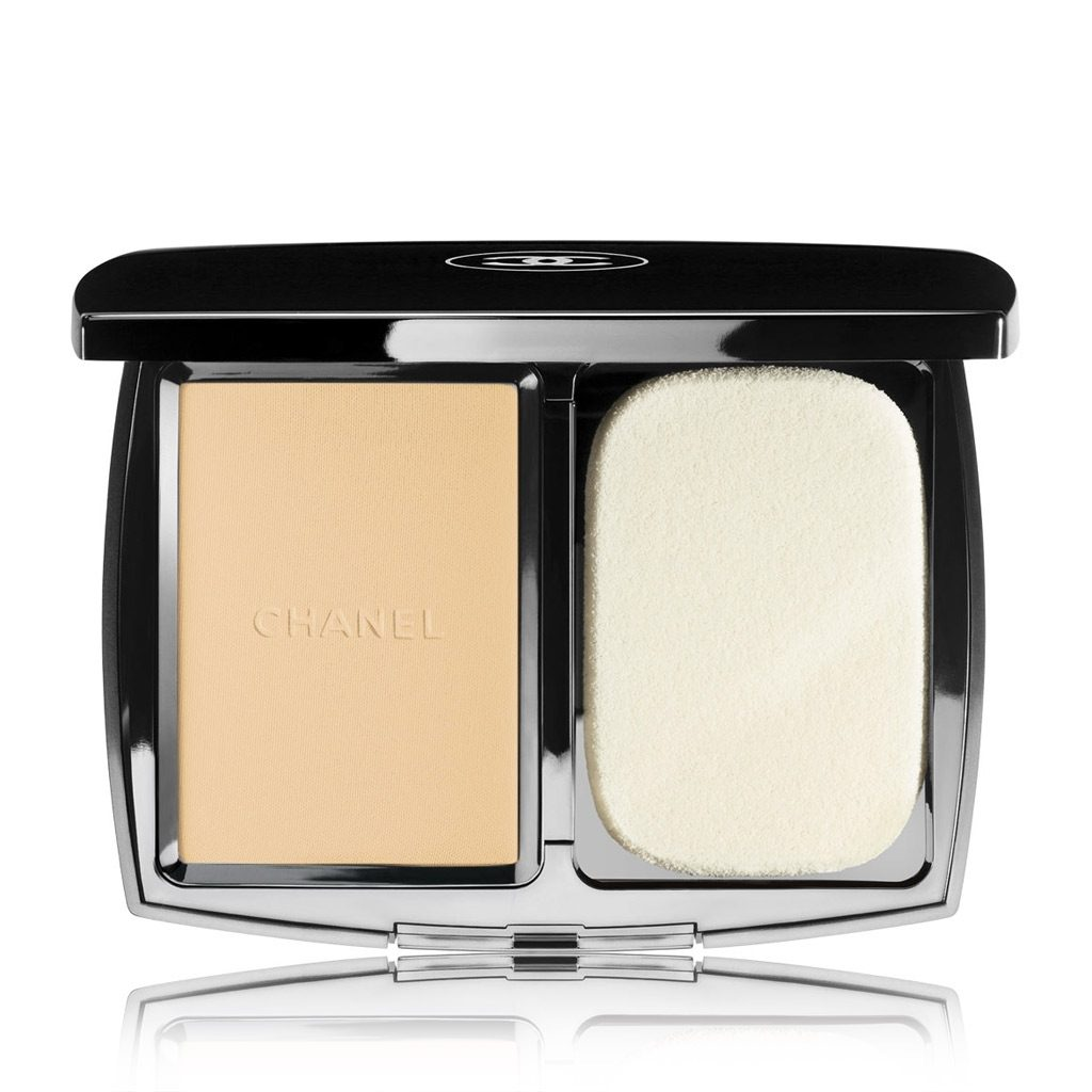 VITALUMIÈRE COMPACT DOUCEUR LIGHTWEIGHT COMPACT MAKEUP RADIANCE SOFTNESS AND COMFORT