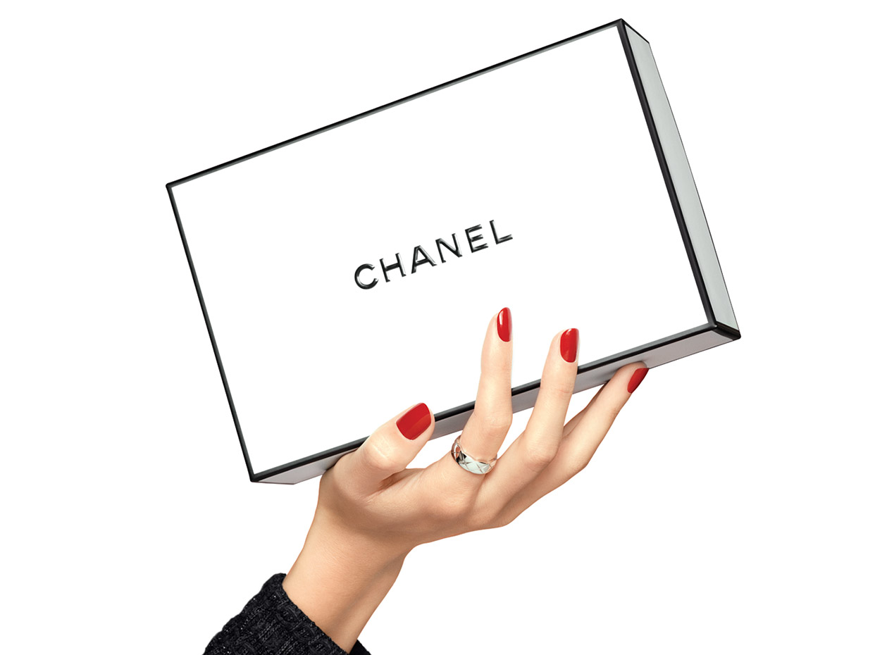 987e1b2cfd THE ART OF WRAPPING - CHANEL - Official site