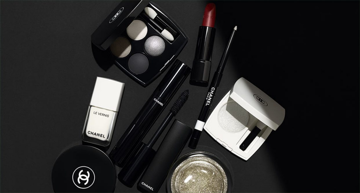 official photos 0ec1a 69228 メークアップ - CHANEL - Official site