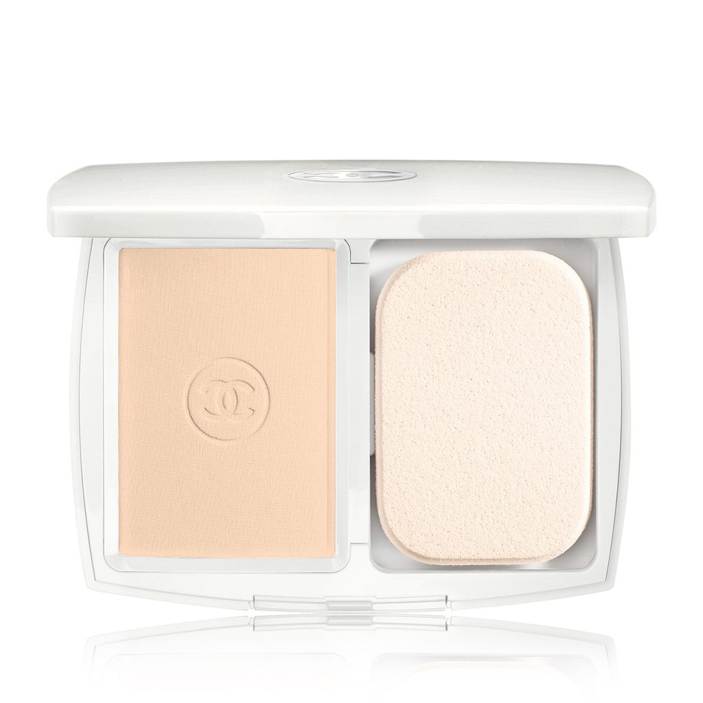 LE BLANC LIGHT CREATOR WHITENING COMPACT FOUNDATION SPF 25 / PA+++