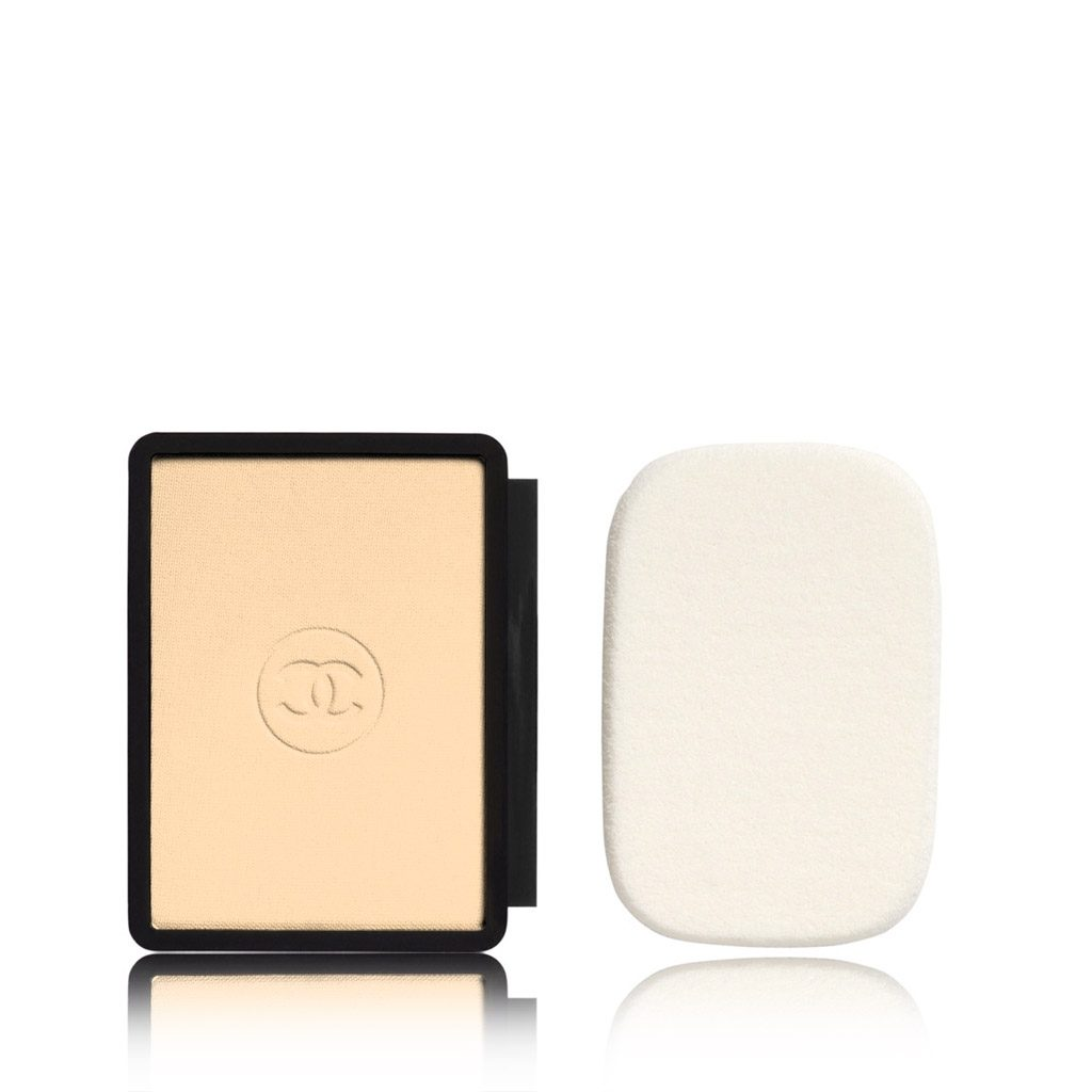PERFECTION LUMIÈRE EXTRÊME EXTREME LONG-WEAR AND PORE MINIMIZING POWDER FOUNDATION SPF 25 / PA+++