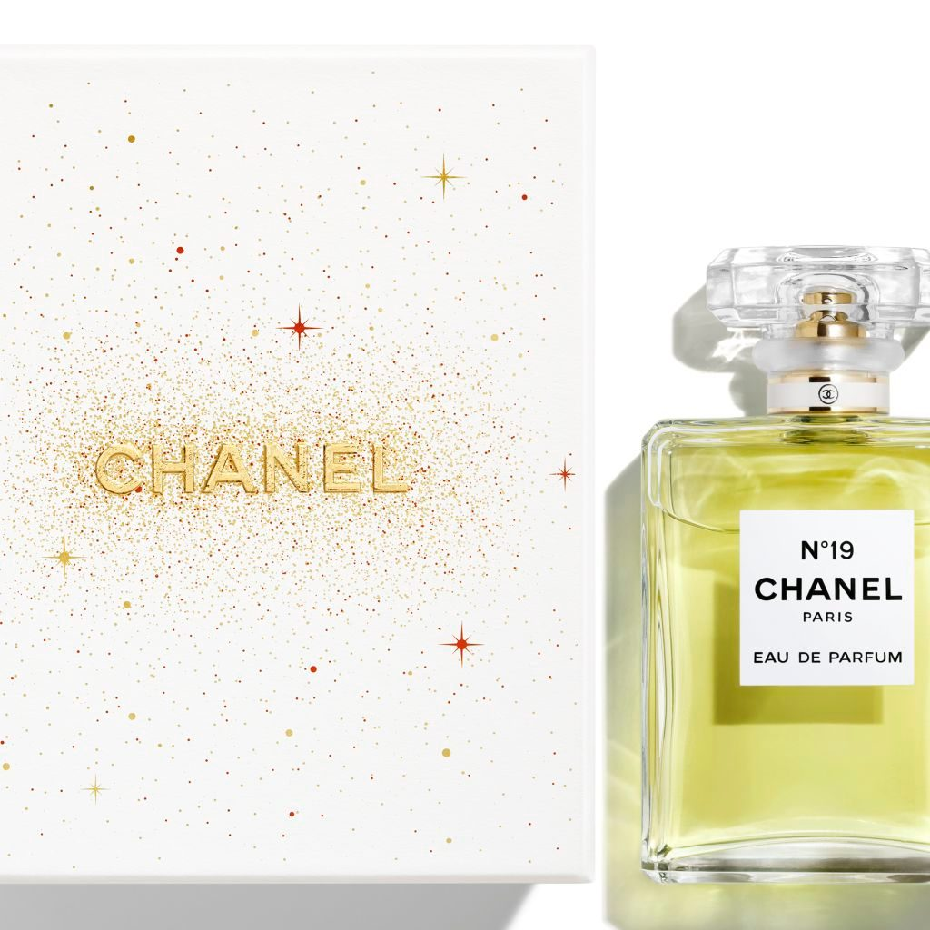 n 19 eau de parfum vaporisateur parfums chanel. Black Bedroom Furniture Sets. Home Design Ideas